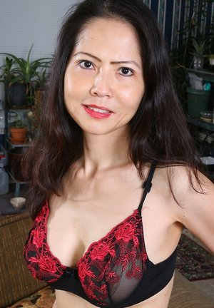 Mature Asian Photos