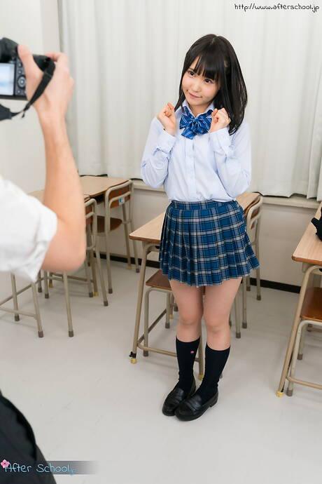 Asian Schoolgirl Photos